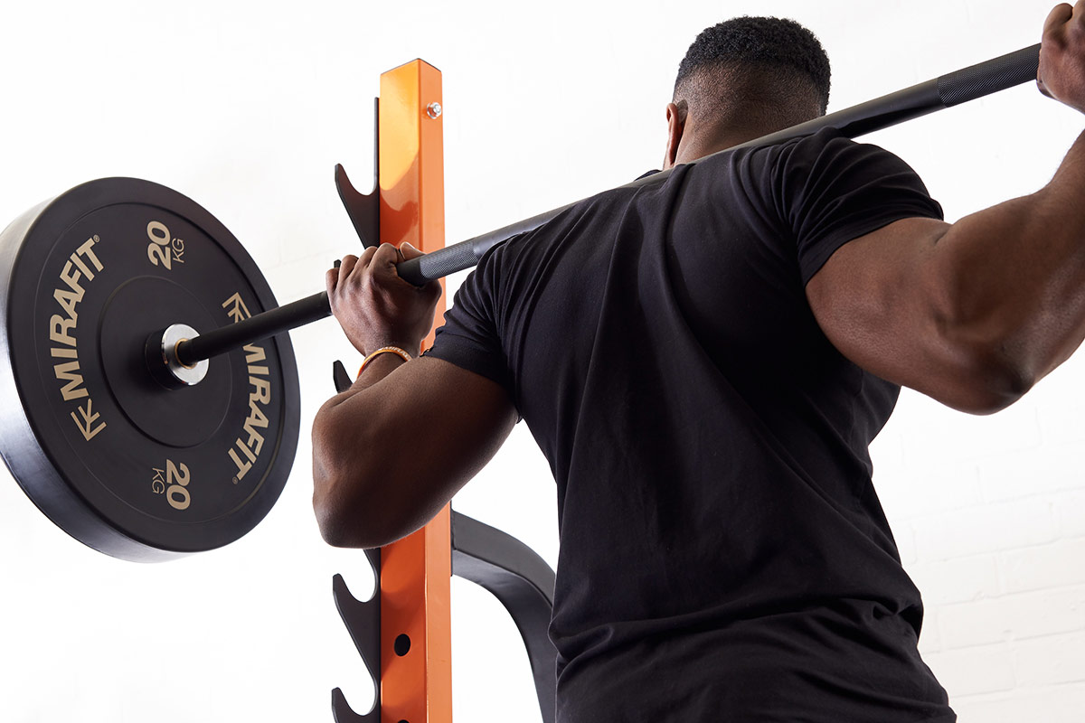 How to use a squat rack - Back squat form