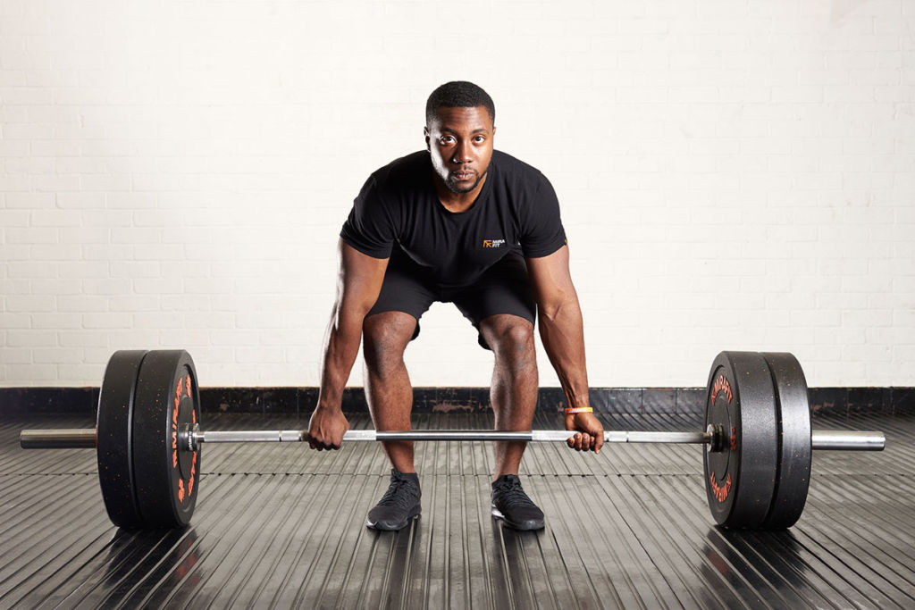 How To Deadlift: Form Guide, Tips And Different Types | Mirafit